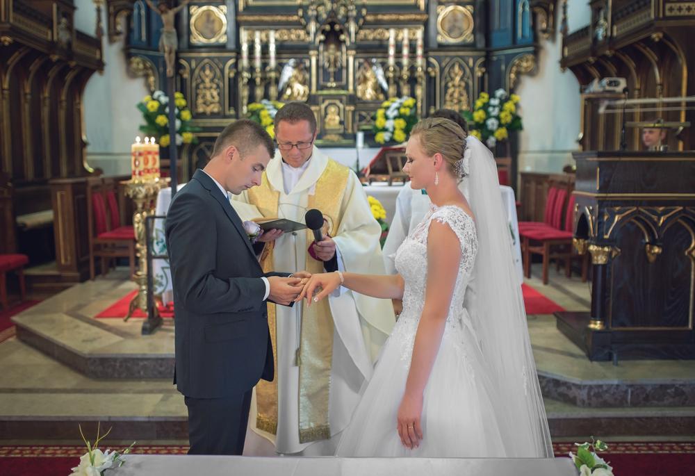 Joanna i Dawid - Zdjęcia ślubne Krosno-02
