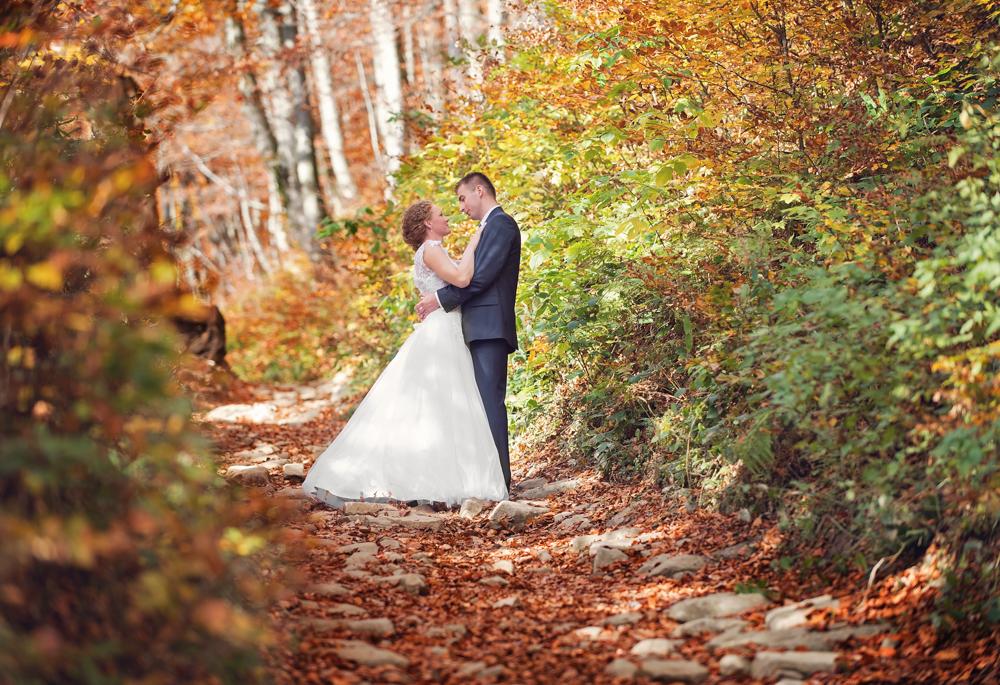 Joanna i Dawid - sesja ślubna w Bieszczadach