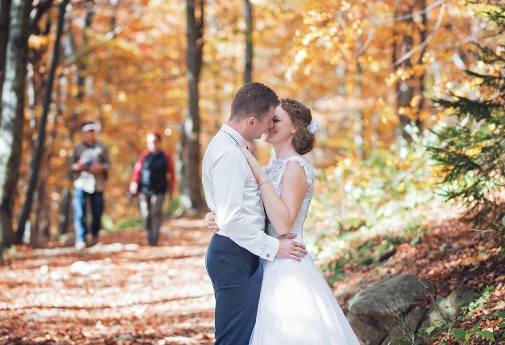 Joanna i Dawid - sesja ślubna w Bieszczadach 01