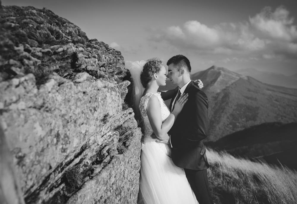 Joanna i Dawid - sesja ślubna w Bieszczadach 05