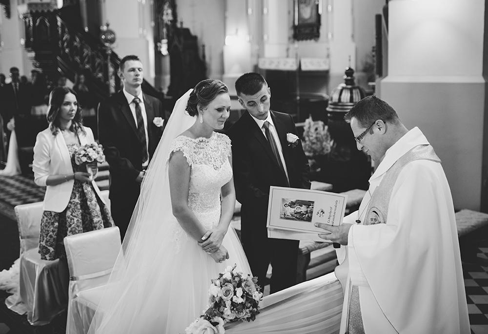 Joanna i Dawid - Zdjęcia ślubne Krosno-07